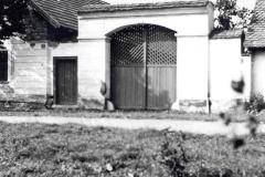 050Byrtusovi-dLZm-s-vraty-r.1962